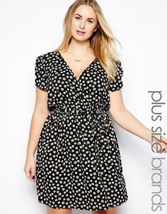 New Look Inspire Daisy Print Wrap Dress spring - work