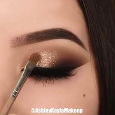 Eyebrow Makeup Tips, Makeup Eye Looks, Eye Makeup Steps, Beautiful Eye Makeup, Eyeshadow Makeup, Makeup Art, Makeup Cosmetics, Red Makeup, Hair Makeup