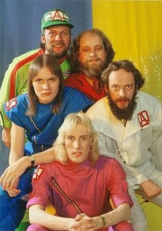 Jethro Tull with the amazing drummer Mark Craney in the lineup
