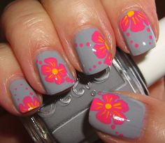 Do you want a romantic manicure? Here's how to paint flowers on nails Mauve Nails, Rose Nails, Flower Nails, Nail Polish Art, Nail Polish Designs, Nail Art Designs, Sassy Nails, Fun Nails, Pretty Nails