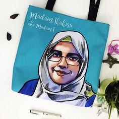 Illustration on #totebag by @artbyjeeb. Get your own one-of-a-kind totebag now. DM artist to order. . Click link in bio @creativeunited.my to visit Creative United Malaysia's largest art marketplace. Follow us for daily dose of cool artworks by Malaysian indie artists and designers. Showcase and sell your works as products on Creative United without any cost. Join us! . #creativeunitedmy #creativeunited #madeinmalaysia #malaysiaart #lokalah #lokalart #lokalbrand #hijab #tudung #muslimah…
