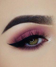 Magenta Eyelid + Bold Liner + Lashes + Highlighted Eye Drop