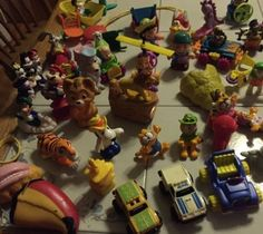 MCDONALDS HAPPY MEAL LOT VINTAGE  50 Items 1980 -1996 . Mario Transformers Disne - http://hobbies-toys.goshoppins.com/fast-food-cereal-premium-toys/mcdonalds-happy-meal-lot-vintage-50-items-1980-1996-mario-transformers-disne/
