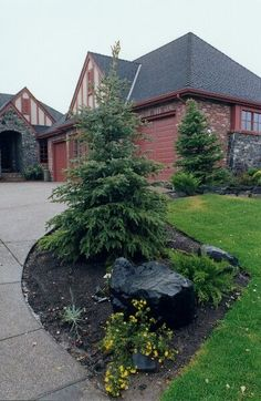 landscape ideas for small spaces backyard landscape ideas pictures small area landscaping ideas #Landscaping