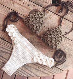 38 Summer Free Crochet Bikini Pattern Design Ideas for This Year - Daily Crochet! 38 Summer Free Crochet Bikini Pattern Design Ideas for This Year - Daily Crochet! Motif Bikini Crochet, Crochet Bikini Bottoms, Crochet Bra, Crochet Motifs, Crochet Clothes, Crochet Patterns, Haut Bikini, Bikini Tops, Bikini Models