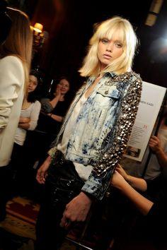 Glastonbury Festival Fashion Inspiration. denim acid wash jacket, stud embellishment, silver studs