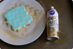 no stress cookie stenciling ... it's just a cookie; it doesn't have to be perfect! :)