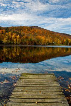 Autumn Lake, Vermont