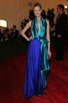 I think Constance may have stolen Tilda's dress, but that's ok because she killed in it! Love the color and fabric combinations, the silky teal with the royal blue pleats are perfection!