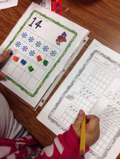 Kindergarten Smarts: Winter Fun Literacy and Math Centers and FREEBIE