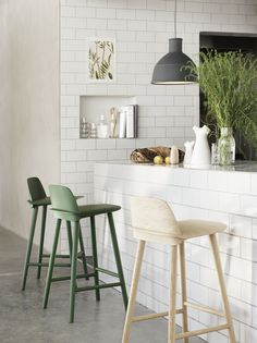 Nerd Bar Stool designed by David Geckeler for Muuto >>> Danish simplicity at it's most evident. #Muuto #BarStools #Danish