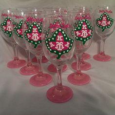Alpha Kappa Alpha Sorority Inc hand painted 20 Pearls Ivy Leaf Cluster glassware
