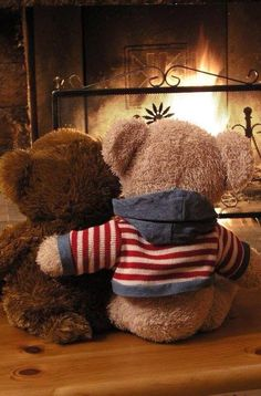 Find images and videos about winter, bear and teddy on We Heart It - the app to get lost in what you love. Tatty Teddy, Teddy Bear Hug, Teddy Day, Cute Teddy Bears, Teddy Bear Images, Teddy Bear Pictures, Bear Wallpaper, Cartoon Wallpaper, Ours Boyds