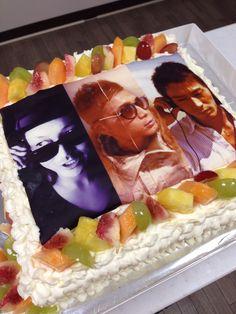 DJさんのケーキ Birthday Cake, Desserts, Food, Tailgate Desserts, Birthday Cakes, Deserts, Eten, Postres, Dessert