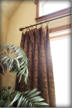 Cafe clips for drapes in the Living Room and Dining Room. Dining Room Drapes, Window Drapes, Do It Yourself Projects, Decorating Blogs, Cozy House, Warm And Cozy, Window Treatments, House Design, Windows
