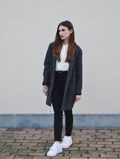 L&L Grey Coat, Zara White Shirt, Bershka High Waist Jeans, Nike Air Force 1