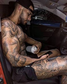 Hot Twinks In Tats Sucking In A Car