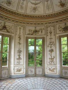 Marie Antonette's Salle de Musique, with its domed ceiling for amazing acoustics...