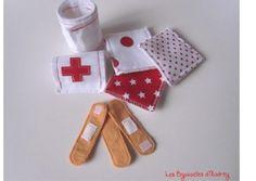 Necessaire d'infirmière en feutrine