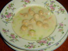 Aby byly polévky jako od babičky, stačí dodržovat klasická pravidla | | MAKOVÁ PANENKA Cheeseburger Chowder, Soup, Pudding, Desserts, Tailgate Desserts, Deserts, Custard Pudding, Puddings, Postres