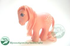 Vintage My Little Pony: Cotton Candy Toy - this one was my favorite. I dreamed of having a real horse named Cotton Candy. For loosing a tooth Retro Toys, Vintage Toys, 90s Toys, My Childhood Memories, Childhood Toys, Vintage My Little Pony, 80s Kids, Ol Days, The Good Old Days