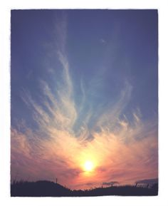 Portal Sun - John Dalton - gently does it . John Dalton, Look At The Sky, Portal, Natural Beauty, Photographs, Ocean, Bright, Celestial, Sunset