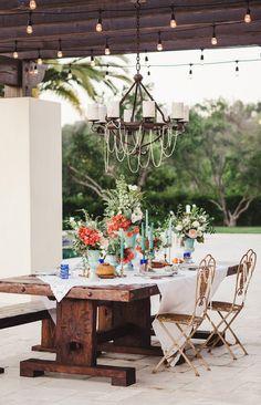 Santorini inspired wedding tablescape
