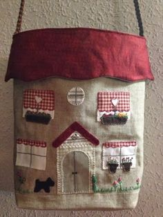 Inspiration only from a Russian site. Just gorgeous. House Quilt Block, House Quilts, Fabric Houses, Quilt Blocks, Leather Bag Pattern, Tote Pattern, Fabric Crafts, Sewing Crafts, Sewing Projects