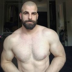 Beefy studs in tats hot fuck