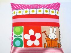 jane foster cushion