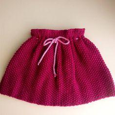 Mutlu pazarlar... Etek kısmı bitti ... Ama elbise olacak kendisi  #crochet #crochetblanket #knit #knitt #knitting #handmade #instaknit #instacollage #instacrochet #mutlupazarlar #hayırlıgünler #etek #örgüetek #örgü #elişi #şişişi #orguetek #orgu #instagram #instagood  İp #örenbayan tango Şiş 6 no Örnek modeli pirinç örnegi by nrn_ern_57