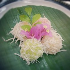 "@nomkon's photo: ""ขนมมันสำปะหลัง #ขนมไทย"""