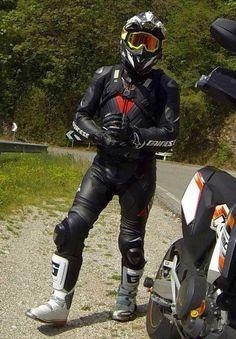 A collection of Guys In Sport Biker Leathers Motorcycle Suit, Motorcycle Leather, Motard Sexy, 4x4, Power Bike, Biker Boys, Bike Photography, Biker Gear, Bike Style