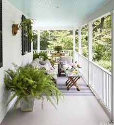 Paint your #ceiling a light color like Glacier Blue 1653 for a Southern-inspired #porch (via Joshua McHugh on @elledecor).