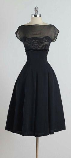 {♀} casual dress