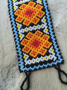 Laura's Huichol beaded bracelet 6.5 long 2 por ArtesaniasBatyah