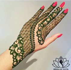 Mehndi Designs For hands - we made a detailed guide of mehndi designs for hands that can help you decide your upcoming mehendi look! Henna Hand Designs, Mehandi Designs, Mehndi Designs Finger, Modern Mehndi Designs, Mehndi Design Pictures, Beautiful Henna Designs, Latest Mehndi Designs, Mehndi Designs For Hands, Henna Tattoo Designs