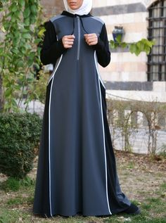 SHUKR's long-sleeved maxi dresses are guaranteed to keep you covered. Comfortable and stylish, our dresses are crafted with modesty in mind. Abaya Fashion, Fashion Wear, Women's Fashion Dresses, Modest Long Dresses, Girls Dresses, Maxi Dresses, Modest Clothing, Muslim Dress, Hijab Dress