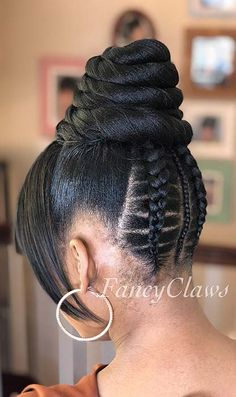 Top 60 All the Rage Looks with Long Box Braids - Hairstyles Trends Box Braids Hairstyles, Black Hair Updo Hairstyles, Trending Hairstyles, Updos For Black Hair, Ethnic Hairstyles, Pretty Hairstyles, Box Braids Pictures, Upside Down Braid, Natural Hair Styles