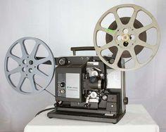 Una imagen de un  Proyector para los rollos de películas de 8, 12 y 16 mm.