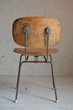 Gispen chair by W. Rietveld