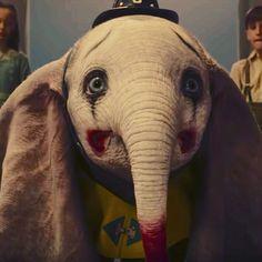 Tim Burton's Dumbo Disney Movies, Disney Pixar, Dumbo Tattoo, Baby Elephant Drawing, Dumbo Movie, Creatures Of The Night, Cinema, Monster Art, Disney Tattoos