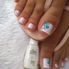 Salve este Pin e clique 2 vezes na foto, Receba mais de 100 ideias internacionais de unhas pintadas, Vc vai amar! Pedicure Designs, Pedicure Nail Art, Toe Nail Designs, Toe Nail Art, Toenail Polish Designs, Nail Nail, Cute Toe Nails, Pretty Nails, My Nails
