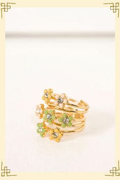 Dancing Daisies Ring from Francesca's Collections.