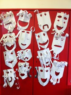 The Empty Oxo Box: Greek Theater Masks! - The Empty Oxo Box: Greek Theater Masks! The Effective Pictures We Offer You About cool mask A qual - Ancient Greece Display, Greek Crafts, Teaching Theatre, Crafts For Kids, Arts And Crafts, Visual And Performing Arts, Greek Art, Mask For Kids, Camping Crafts