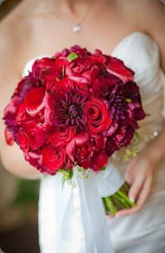 Amazing red #bouquet of roses, peonies, calla lilies and dahlias by just bloomed
