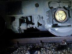 Homem morre após ser atropelado por trem em Bauru -   Um homem morreu atropelado por um trem na madrugada deste domingo (5) em Bauru (SP). De acordo com informações da polícia, ele dormia na linha férrea quando foi atingido pela locomotiva. Segundo os bombeiros, a suspeita é de que a vítima estava bêbada e acabou dormindo no local. O - http://acontecebotucatu.com.br/regiao/homem-morre-apos-ser-atropelado-por-trem-em-bauru/