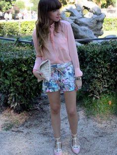 Ellie Outfit   Verano 2012. Combinar Camisa-Blusa Rosa suave/Rosa palo Blanco, Shorts Azul cielo Zara, Plano Rosa suave/Rosa palo romwe, Cartera Blanca Zara, Reloj Blanco D
