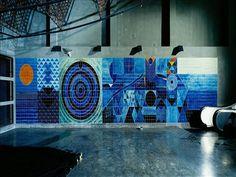 Sítio da Câmara Municipal de Lisboa: equipamento www.cm-lisboa.pt576 × 432Pesquisar por imagens A estação de metro do Oriente,estação terminal da Linha Vermelha,inaugurada em 19 de Maio de 1998,tem projecto do arq. Sanchez Jorge e intervenções ...