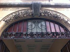 Détail architecture d'un petit immeuble rue Isabey à Nancy